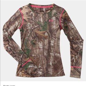 Under Armour Women's Longsleeve Camo Shirt